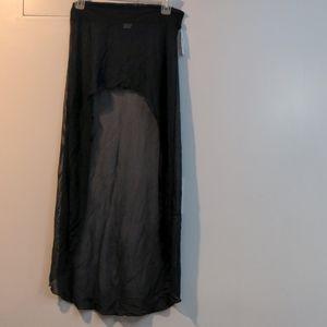 NWT Body Zone high-low skirt